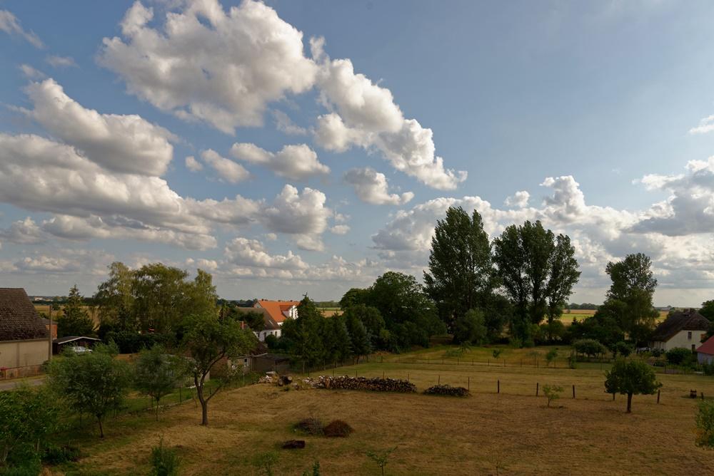 Blick von der Kirche in Wegezin Richtung Dörphus und Südosten