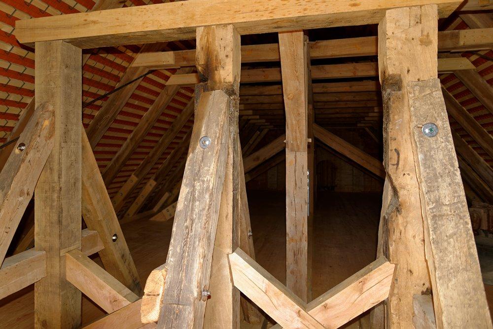 Der Glockenstuhl