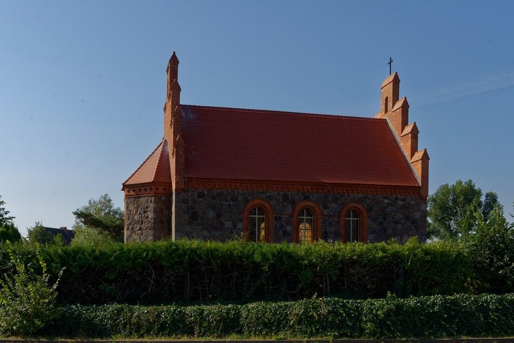 Kirche in Wegezin am 16. August 2020