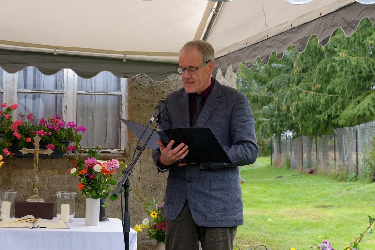 Vorsitzender des Kirchengemeinderates Wegezin Ronald Schulz bei seinen Dankesworten