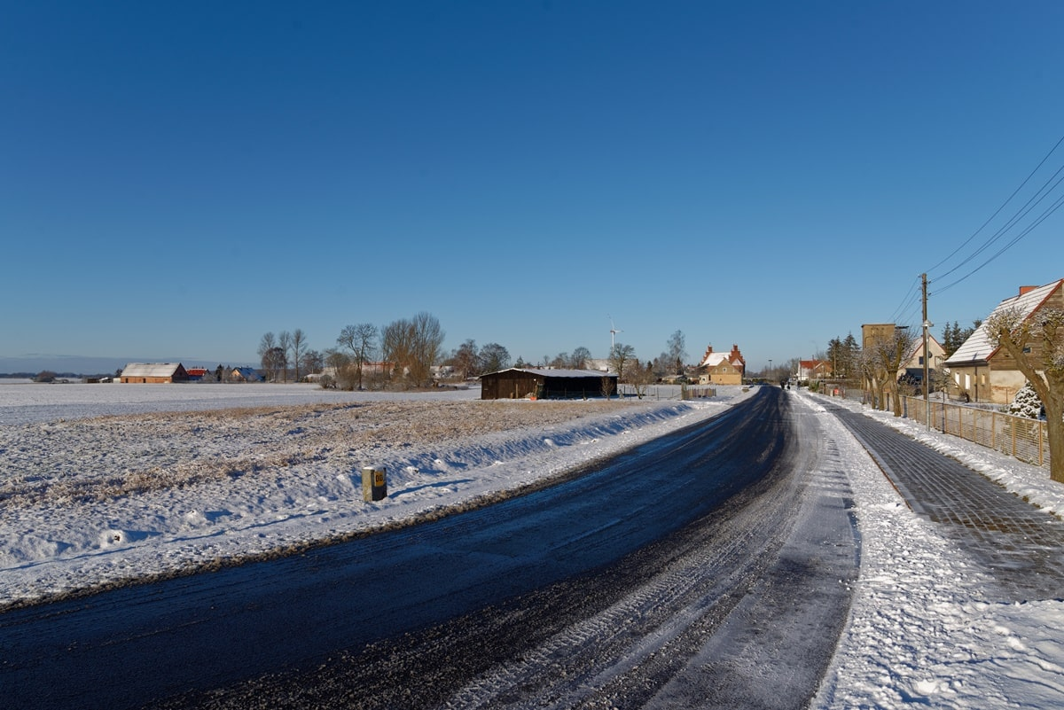 Wegezin im Schnee